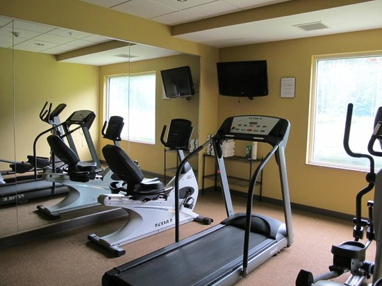 Sleep Inn & Suites: @4 Hour Fitness Center