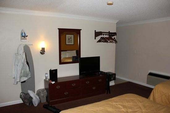 Econo Lodge at the Falls North: Zimmer