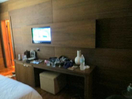 Cardozo Hotel: TV and surface area