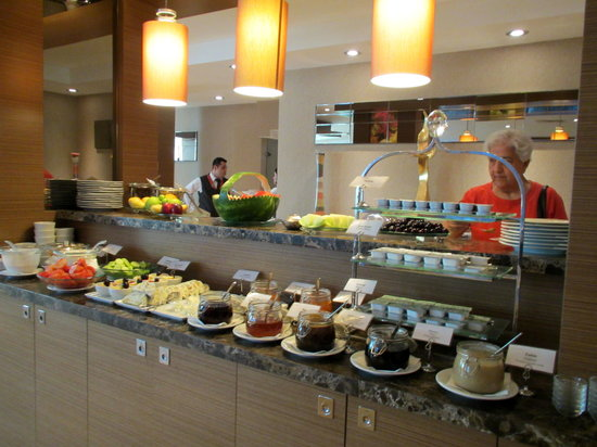 "Avantgarde Levent Hotel: Very good Turkish buffet breakfast at ""the Buffet"""