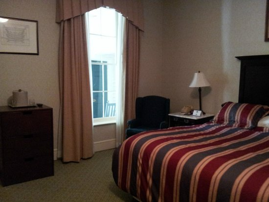 Linden Row Inn: View of window (with rocking chairs outside)