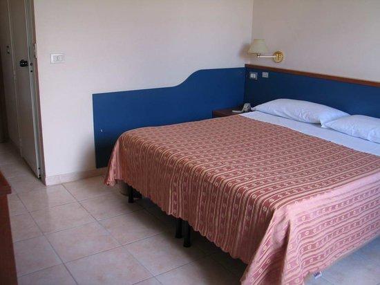 Hotel Katty: room