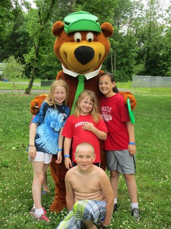 Yogi Bear's Jellystone Park Camp-Resort Hagerstown: Yogi Bear™ with Guests!