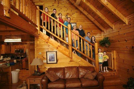 Sherwood Forest Resort: Main gathering room / kitchen