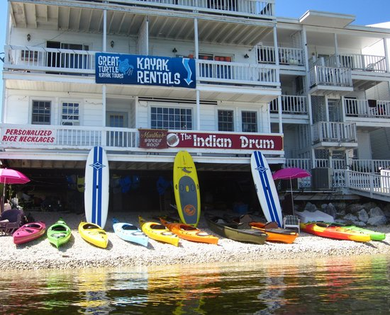 Great Turtle Kayak Tours: The Shop