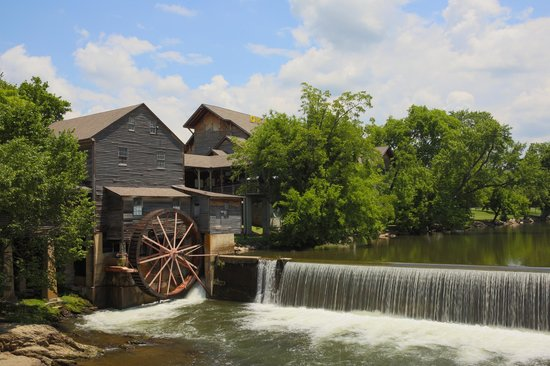 Iconic shot of the Old Mill.