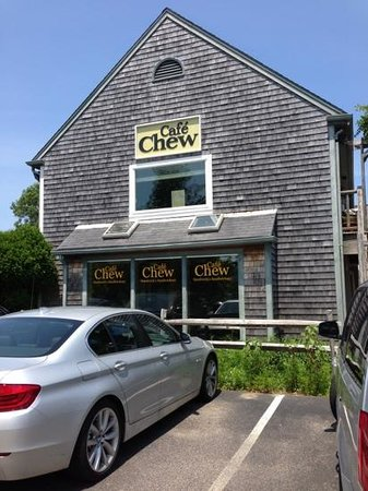 Cafe Chew: Indoor seating plus two outdoor cafe areas. Self-service ordering; order brought to table. Very