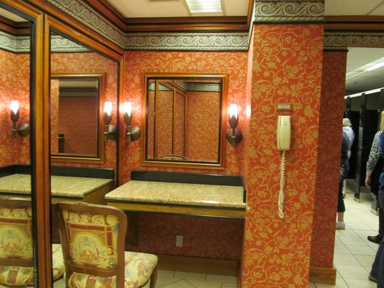 Ghost Tours of Anchorage: In the bathroom of the suicide