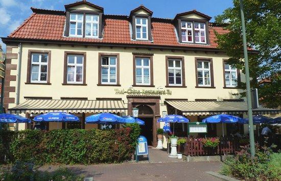 Terrasse Zur Strassenseite Picture Of Restaurant Tu Warburg