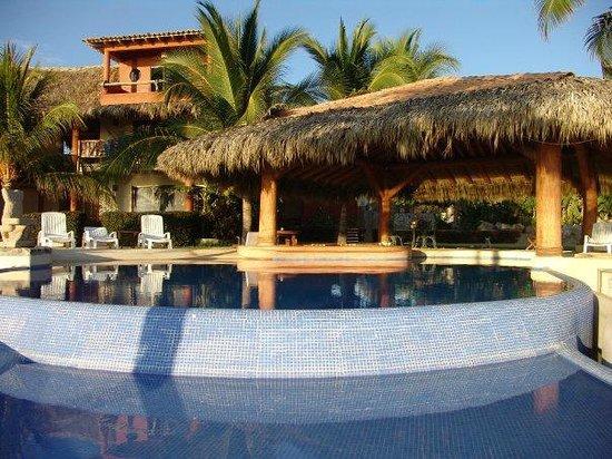 Casa Manzanillo: Hotel view
