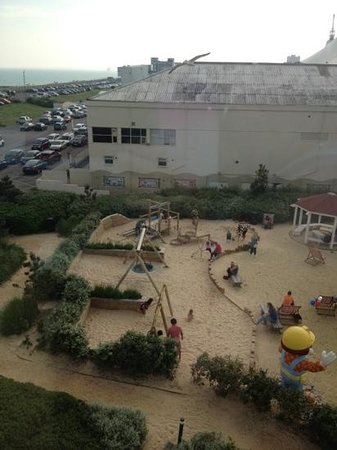 Butlin's Shoreline Hotel: View of play area from room 420.