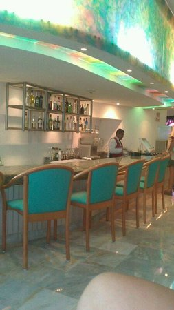 Park Royal Cancun: lobby bar