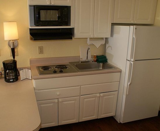 Anderson Extended Stay Hotel : Fully Equipped Kitchens in Every Suite