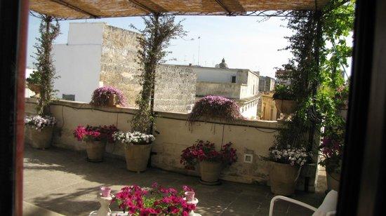 terrazza fiorita - Picture of Roof Barocco Suite B&B, Lecce ...