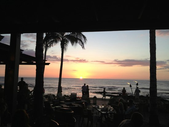 Four Seasons Resort Hualalai: Sunset at Ulu
