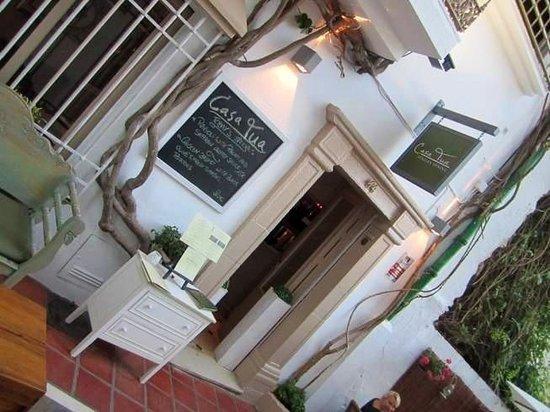 Casa tua: front door
