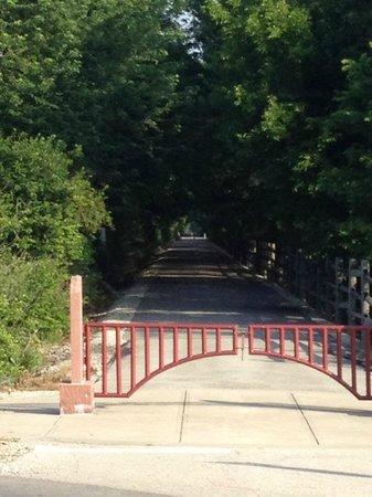 Entrance to Cardinal Greenway Trail at Riggin Rd, Muncie