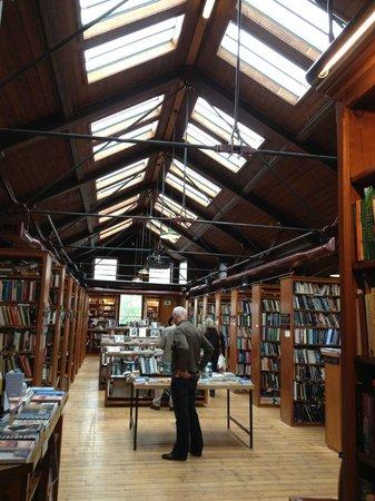 Richard Booth s Bookshop Cafe: Inside Richard Booth's Bookshop