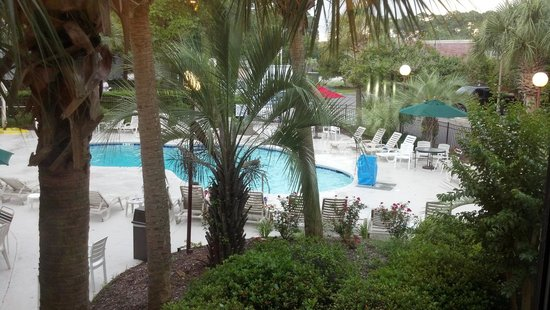 Red Roof Inn Myrtle Beach Hotel - Market Commons: The Lovely Pool Area