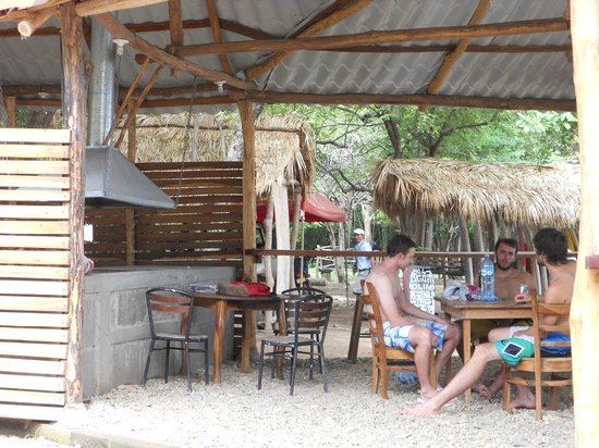 Playa Hermosa Surf Camp: Good Food & Cerveza comes out of this little building