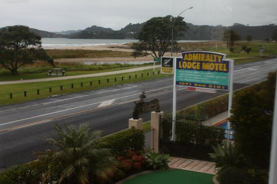 Admiralty Lodge Motel: Also can be seen out the window