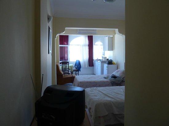 Cemuhan Hotel & Apart: room 205