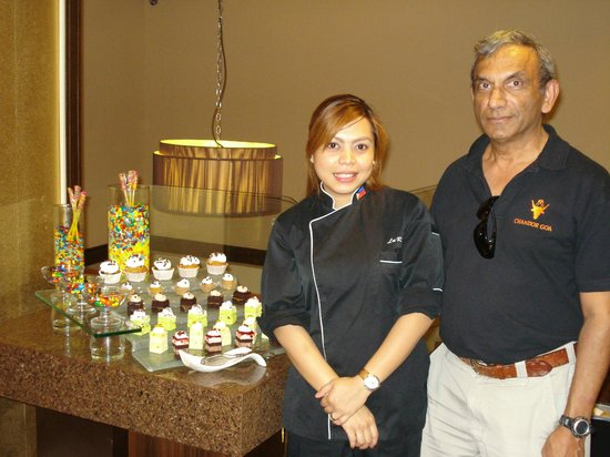 Ramada Manila Central: Executive Chef & Lunch Desserts
