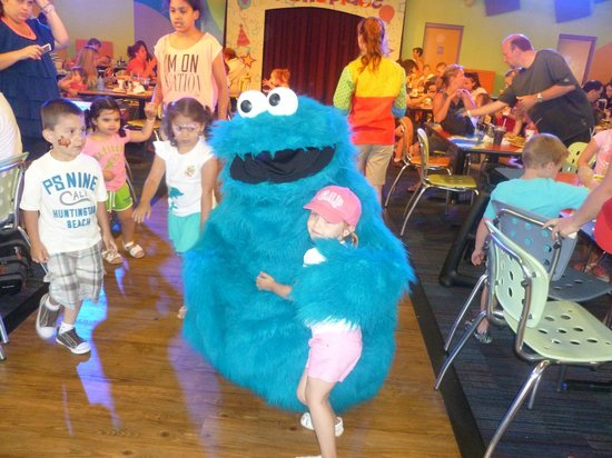 Sesame Place: Cookie Monster