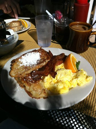 Daily Bread Restaurant: French Toast!