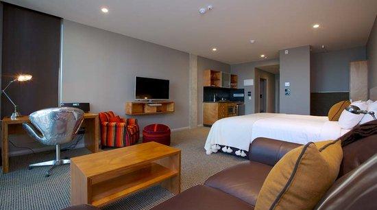 King and Queen Hotel Suites: Premium Suite
