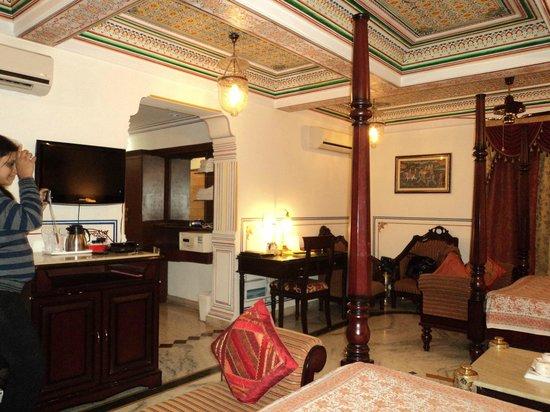 Umaid Bhawan Heritage House Hotel: Room