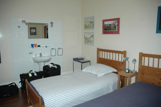 Les Etoiles : Room was clean, comfortable and spacious