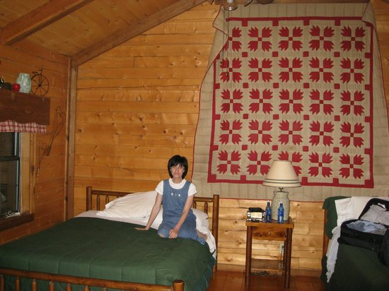 Busy B Ranch: Inside the cabin