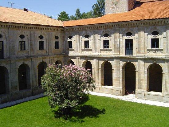 Eurostars Monumento Monasteiro de San Clodio: Claustro I