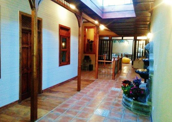 Hostel Van Gogh: Hall