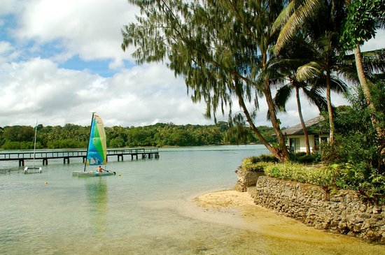 Warwick Le Lagon - Vanuatu: Catamaran next to activity jetty on the lagoon