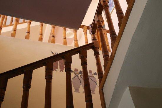Amon Hotel Luxor: Stairways