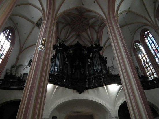 St. Wenceslas Cathedral: большой орган