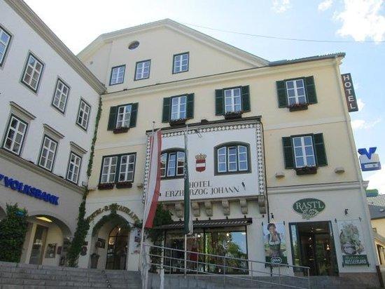 Hotel Erzherzog Johann: façade de l'hotel