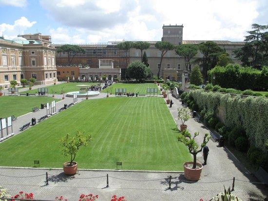 giardino quadrato square garden picture of vatican