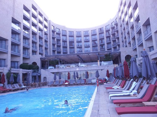 David Citadel Hotel: Pool area