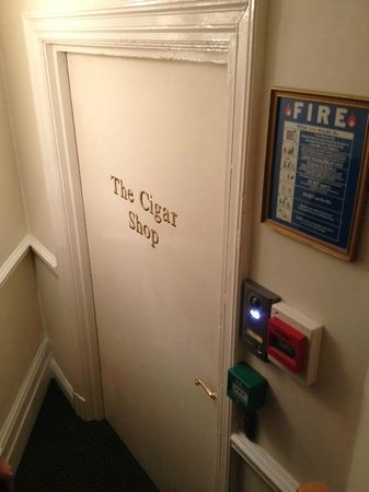 The Ritz London : Cave à cigarres