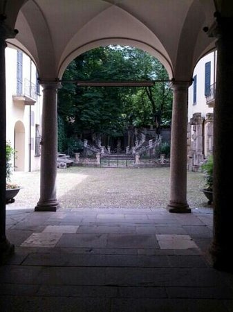 Civico Museo Archeologico Paolo Giovio : sastaboniche