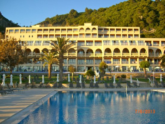 lti Louis Grand Hotel: Grand from the sea