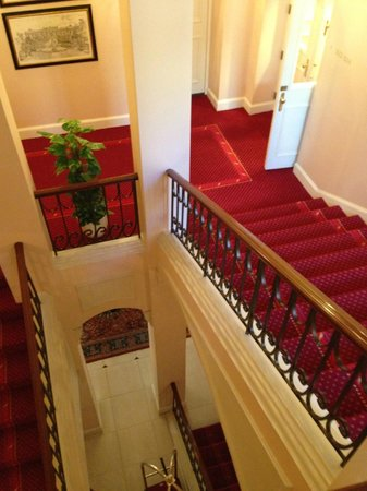 Grand Palace Hotel: The stairwell