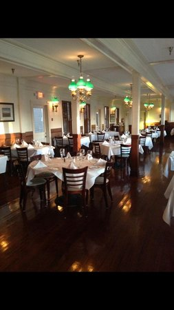 Ira's at the Gibson Inn: Dining Room