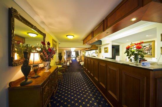 Comfort Inn & Suites Georgian: Every corner of the Georgian has been tastefully renovated, creating a warm, welcoming atmospher