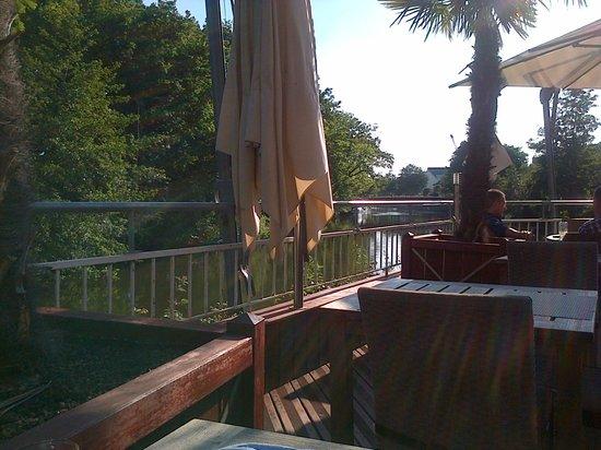 Le Germinal : La terrasse du restaurant
