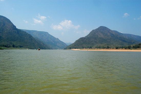 Sai Krishna Godavari Boat Travels - Day Tours: Bhadrachalam-Papikondalu