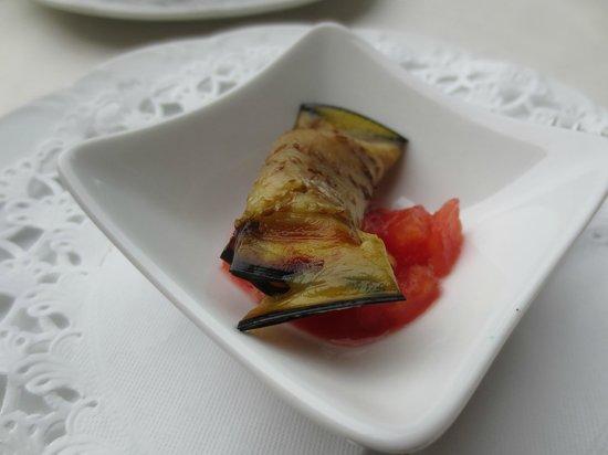 Golden Tulip Olymp Hotel: Free appetizer - very good